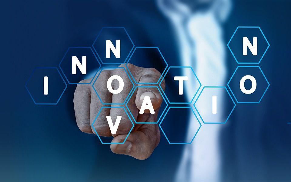 Intelligenze-e-nuovi-scenari-per-l'innovazione-di-Artigiani-e--PMI--nel-mondo-digitale